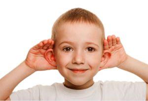 Odstajace uszy korekta 300x205 - ODSTAJĄCE USZY U DZIECKA